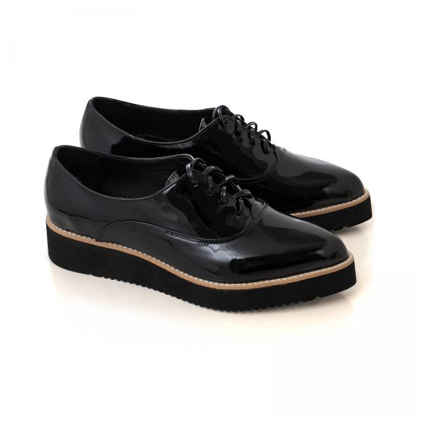 Pantofi oxford cu varf ascutit, din piele lacuita neagra 1