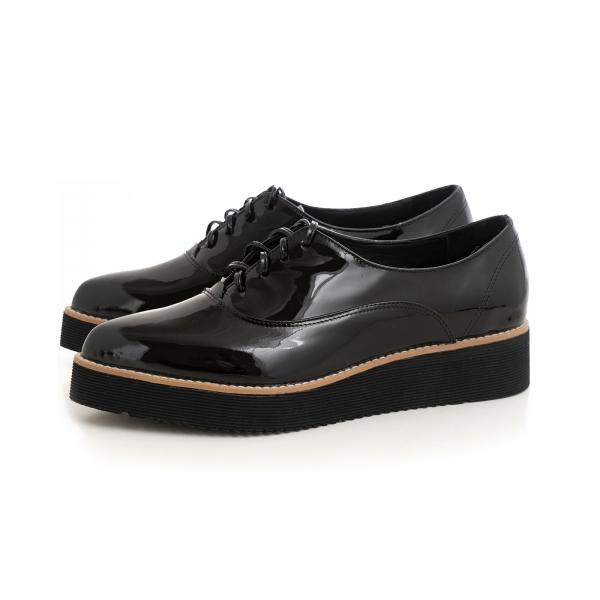 Pantofi oxford cu varf ascutit, din piele lacuita neagra 2