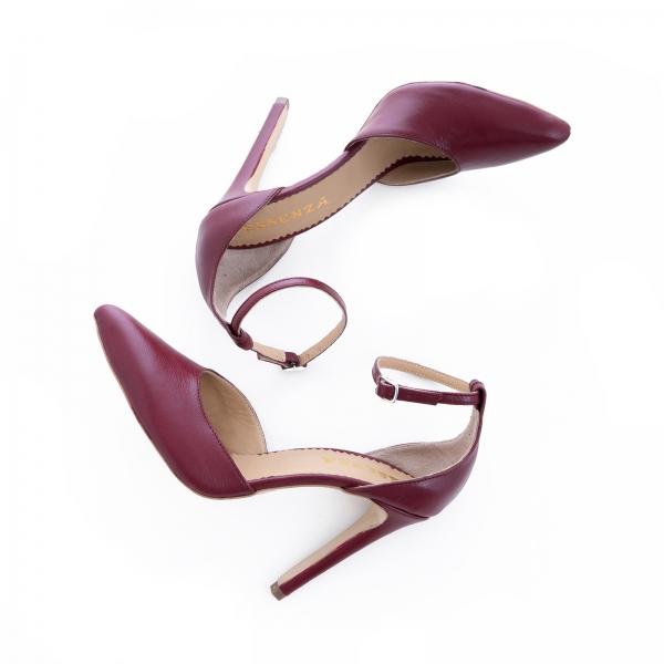 Pantofi din piele naturala de culoare visiniu 1