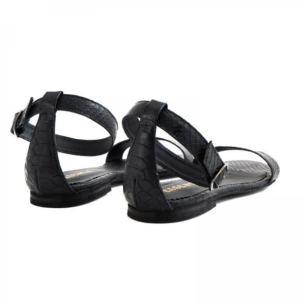Sandale cu talpa joasa, din piele neagra cu presaj crocodil 3