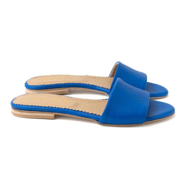 Flip flops din piele naturala albastru cobalt.