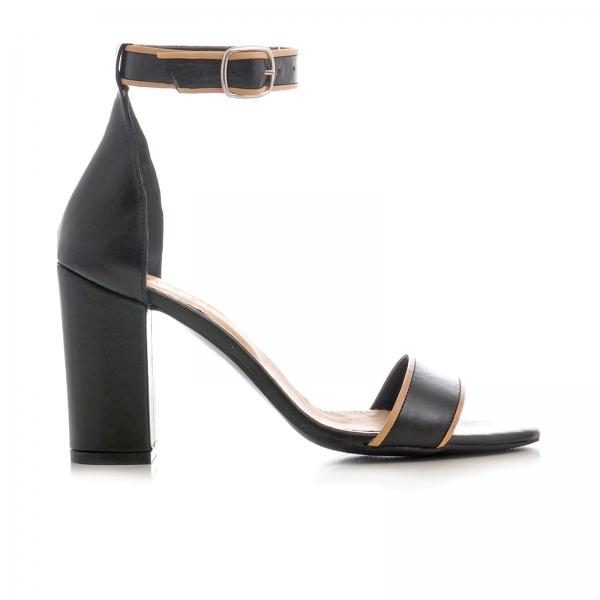 Sandale cu toc gros, din piele neagra cu si bej 0