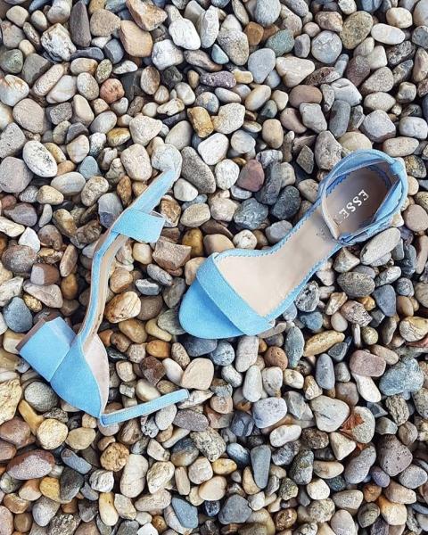 Sandale din piele intoarsa albastra cu toc patrat 0