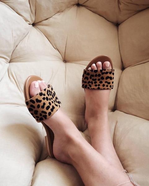 Flip flops din piele naturala cu animal print 5