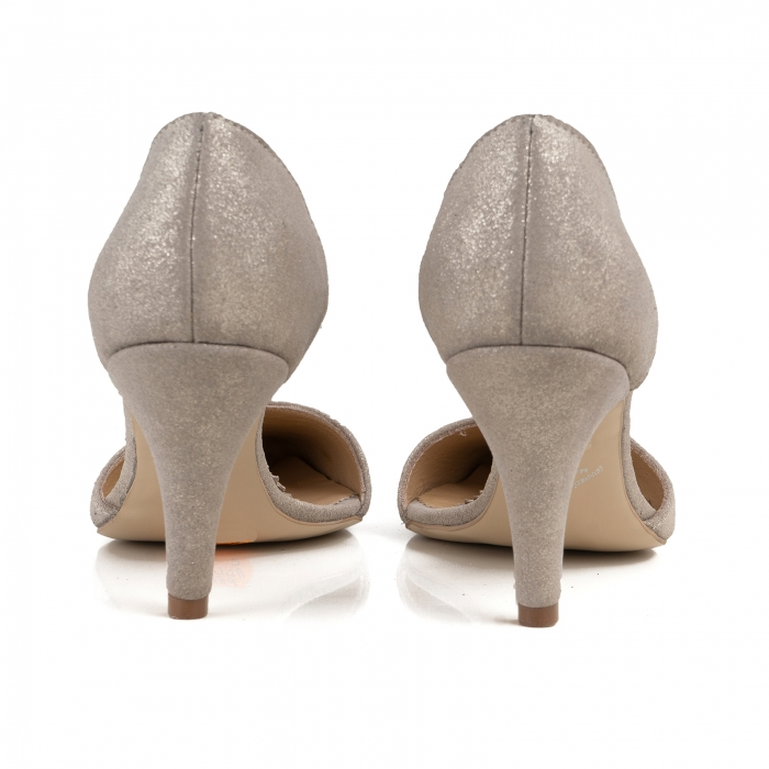 Pantofi stiletto decupati interior/exterior, realizati din piele intoarsa crem glitter 3