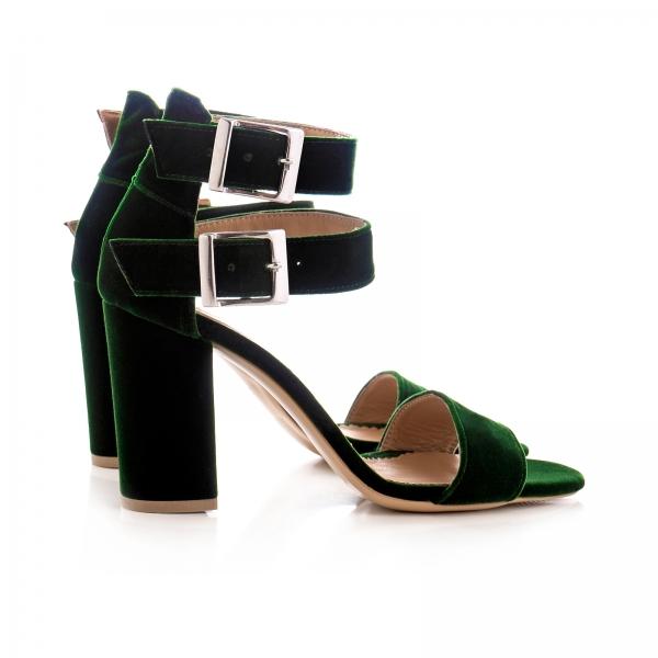 Sandale cu toc gros, din catifea verde 1