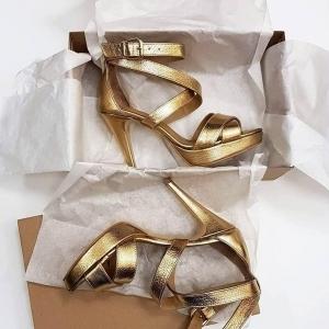 Sandale din piele aurie 2